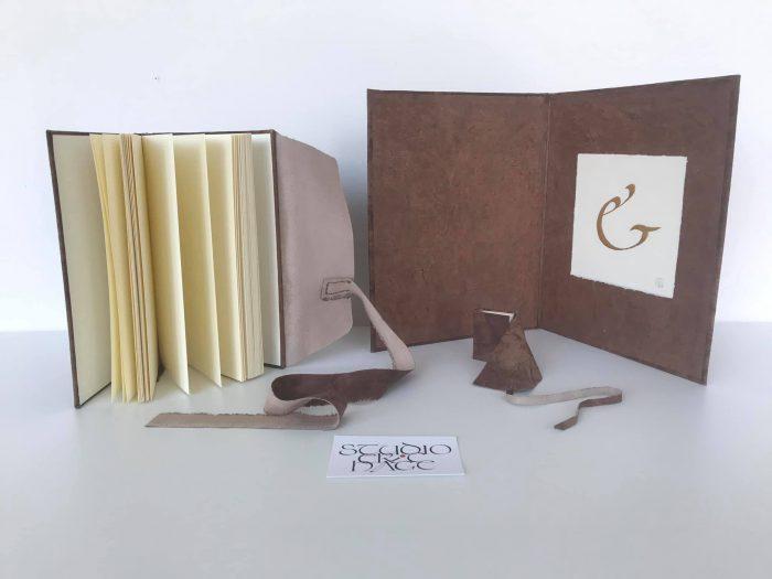 Leren notitieboekje 9x13cm, leren miniboekje 4,5x6cm, showmap voor bladgoud kalligrafie, 2021